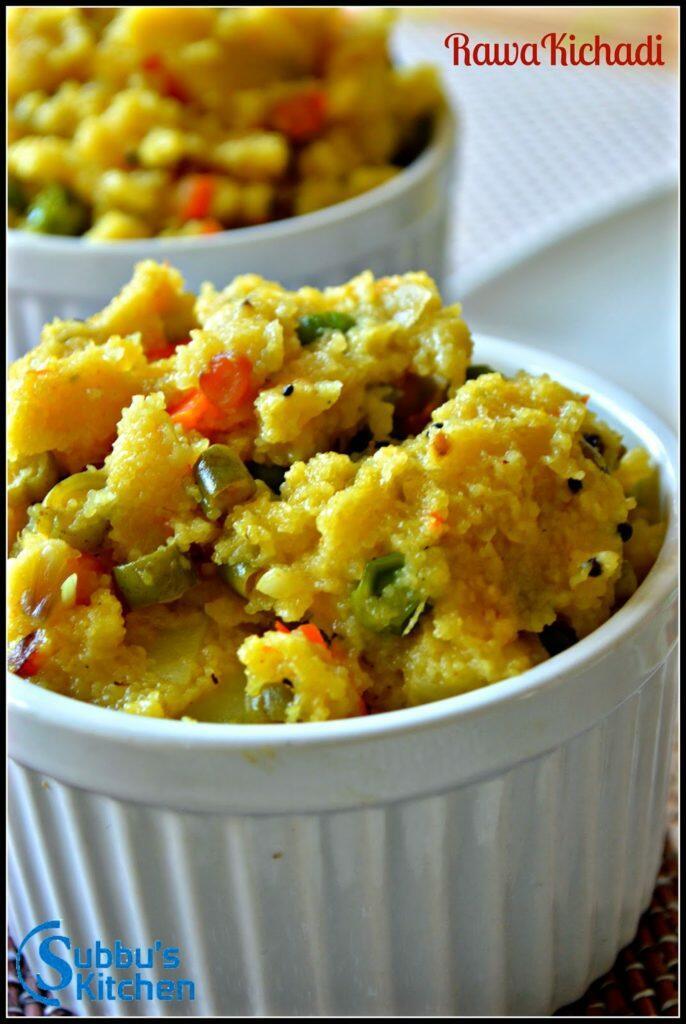 Rawa Kichadi / Vegetable Upma