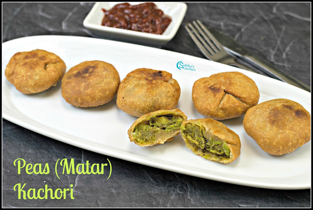 Matar Kachori Recipe | Green Peas Kachori Recipe