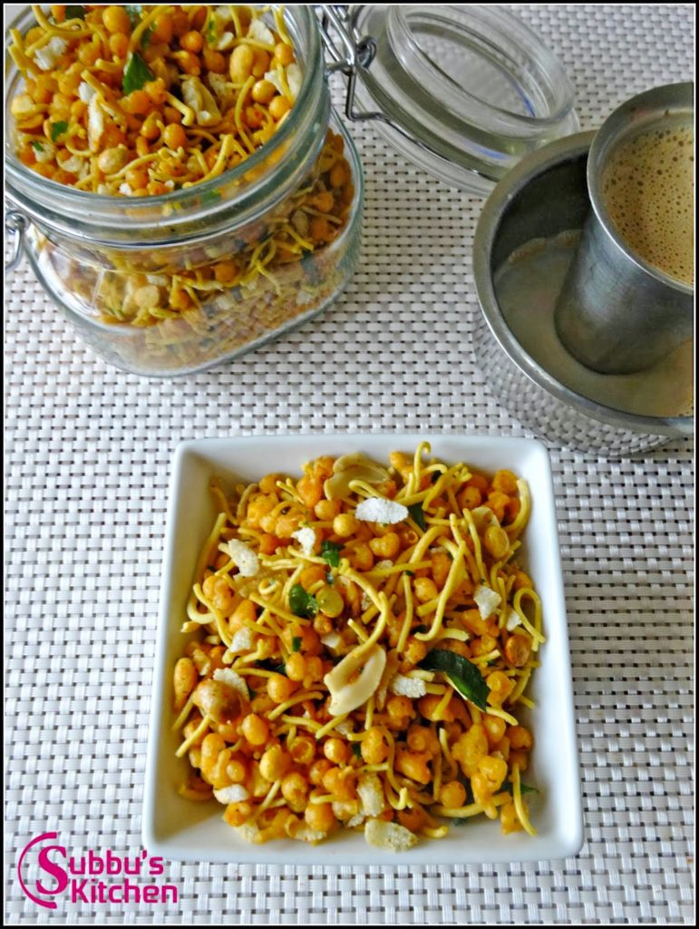 . This crispy snack is perfect for the evening snack and very special for Diwali.